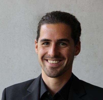 Julian Sametinger, Zuper
